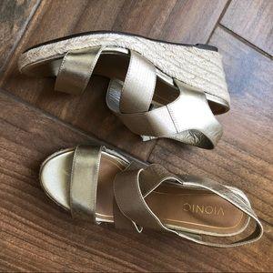 Vionic Gold wedge Sandals